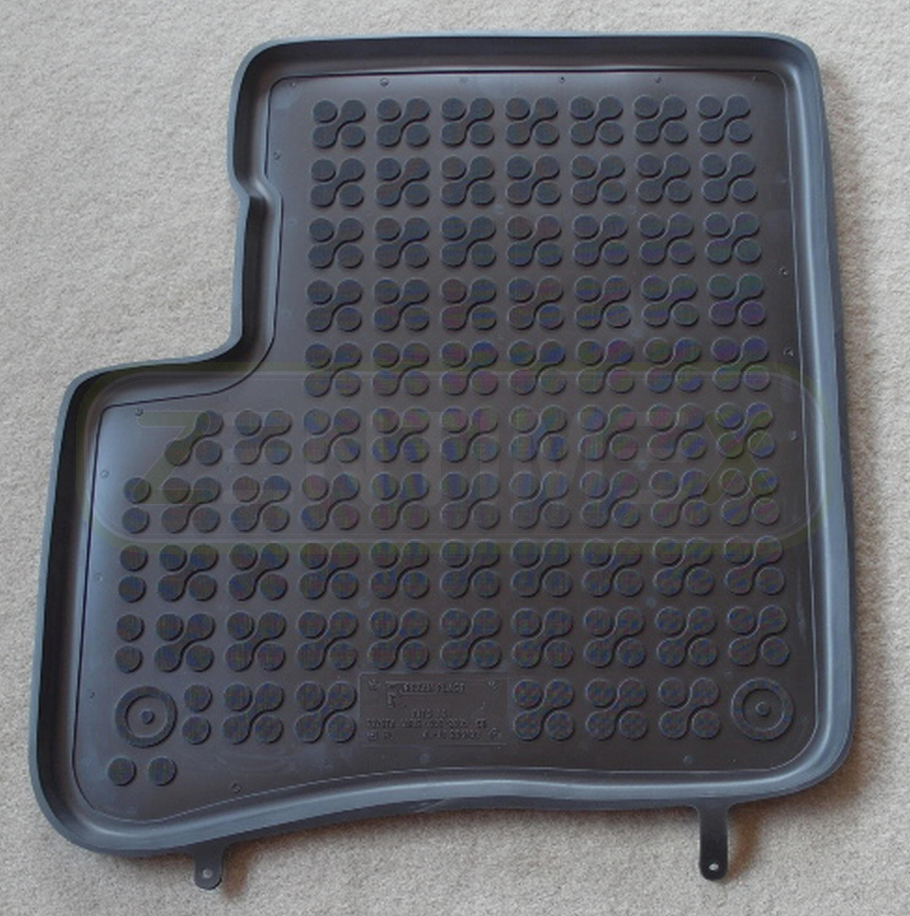 NF Velours schwarz Fußmatten passend für TOYOTA YARIS VERSO P1 Bj.99-06