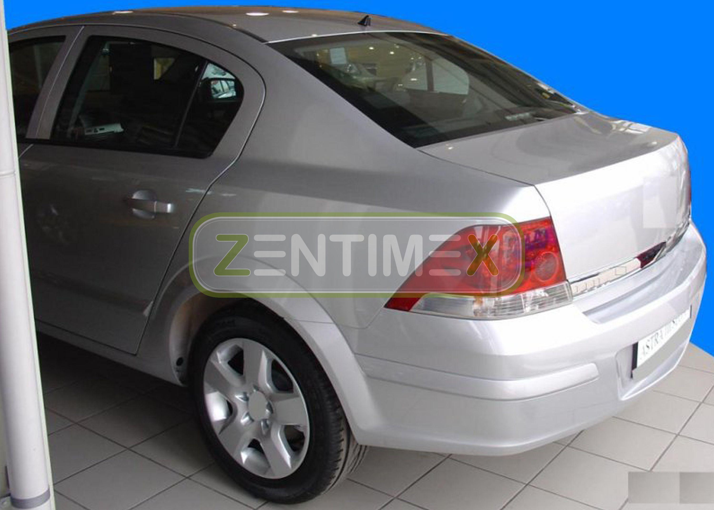 Geriffelte Kofferraumwanne für Opel Astra Black /& White H Limousine Stufenheck 4